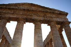 El templo griego de Segesta en Sicilia Fotos de archivo
