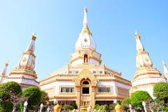 El templo hermoso en Roiet, Tailandia Imagen de archivo libre de regalías