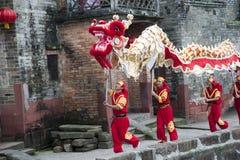 El templo justo en aldea china Imágenes de archivo libres de regalías