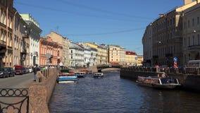 El terraplén del río de Moika St Petersburg 4K almacen de video