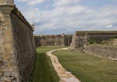El territorio del castillo medieval de Sant Ferran, Figueras, S Imágenes de archivo libres de regalías