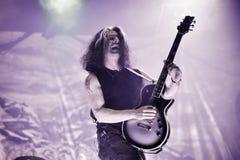 El testamento vive en banda de heavy metal pesada del movimiento de piernas del concierto 2016 Imagenes de archivo