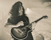 El testamento vive en banda de heavy metal pesada del movimiento de piernas del concierto 2016 Imagen de archivo
