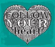 El texto sigue su ejemplo dibujado del corazón a mano de adornado oye ilustración del vector