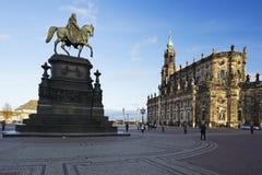 El Theaterplatz con el rey John de la estatua de Sajonia Fotos de archivo libres de regalías