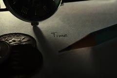 El tiempo de la vida y el dinero imagenes de archivo