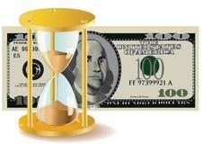 El tiempo es oro - cuentas del reloj de arena y de dólar Fotos de archivo libres de regalías
