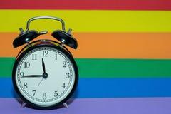 El tiempo ha venido para la tolerancia y la tolerancia imagenes de archivo