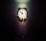 El tiempo se está ejecutando hacia fuera imagenes de archivo
