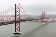 El 25to del puente de abril, Lisboa Imágenes de archivo libres de regalías