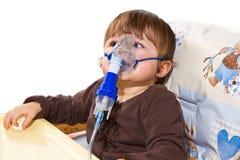 El tomar del niño respiratorio Imágenes de archivo libres de regalías