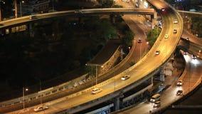 El top de BANGKOK /THAILAND-May 15, de la autopista de Bangkok y de la carretera compite almacen de metraje de vídeo