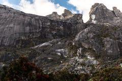 El top de la montaña en el parque nacional, Kota Kinabalu, Sabah Malaysia Imagen de archivo