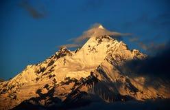 El top de Meri Snow Moutain-Kawakarpo Imágenes de archivo libres de regalías