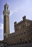 El Torre Del Mangia Sienna Italy Foto de archivo