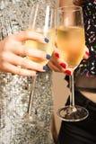 El tostar con champán imagen de archivo libre de regalías