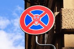 El tráfico divertido señal adentro Florencia, Italia Imagenes de archivo