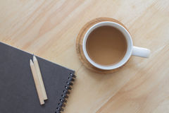 El trabajo se relaja con café Fotos de archivo