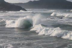 El trallazo de la turbulencia agita poder de onda imagen de archivo