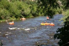El transportar en balsa de río imagen de archivo libre de regalías