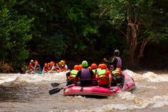 El transportar en balsa en el río de Tailandia septentrional Fotos de archivo libres de regalías