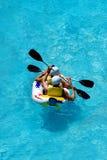 El transportar en balsa en un parque del aqua de la diversión Foto de archivo libre de regalías