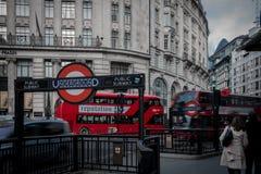 El transporte público de Londres foto de archivo