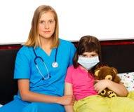 El tratar de la gripe Foto de archivo libre de regalías