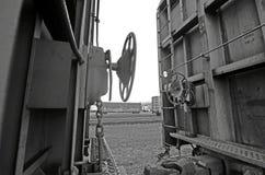 El tren adentro arrulla bahía Fotos de archivo libres de regalías