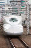 El tren de bala de Shinkansen Imágenes de archivo libres de regalías