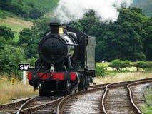 El tren viejo del motor de vapor Imagen de archivo libre de regalías