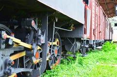 El tren viejo del motor de vapor fotografía de archivo libre de regalías