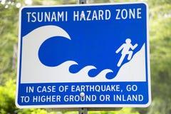 El tsunami y el terremoto aventuran la señal de la zona en Vancouver canadá Imagen de archivo libre de regalías