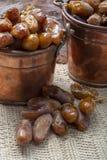 El tunecino aut?ntico Deglet Nour sec? las fechas con suavidad miel-como gusto fotografía de archivo