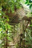 El turismo ecológico en Borneo en las casas de planta baja del zanco que han sido integra Foto de archivo