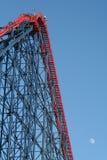 ?El un? roller coaster grande en la playa del placer de Blackpool. Fotografía de archivo