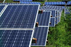 El uso de la energía solar imagenes de archivo