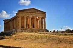 El valle de los templos es un sitio arqueológico en Agrigento, Sicilia, Italia Fotografía de archivo