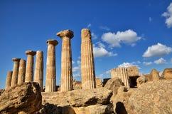 El valle de los templos es un sitio arqueológico en Agrigento, Sicilia, Italia Imágenes de archivo libres de regalías