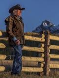 El vaquero, Howard Linscott mira hacia fuera durante el dólar pasado histórico Ranc Fotografía de archivo libre de regalías