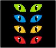 El vector fantasmagórico de los ojos de Halloween fijó en fondo negro Ejemplo del mal, iris enojado peligroso, salvaje del gato e Foto de archivo