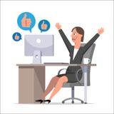 El vendedor de la mujer durante horas de trabajo comunica en netw social Imagen de archivo libre de regalías
