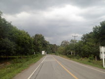 El venir de la lluvia foto de archivo