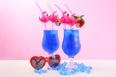 El verano está aquí los cócteles azules Fotografía de archivo libre de regalías