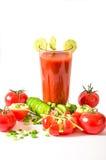 El verano sano de restauración de la bebida de la bebida del jugo de tomate bebe Foto de archivo