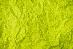 El verde arrugó la textura de papel como fondo fotos de archivo libres de regalías