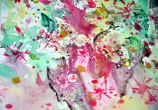 El verde ceroso de la acuarela quemó las tonalidades coloridas borrosas amarillo rosado de los puntos cerosos del oro, movimiento fotos de archivo libres de regalías