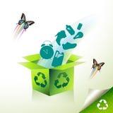 El verde recicla Imagenes de archivo