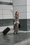 El viajar de la mujer de negocios Fotografía de archivo libre de regalías