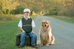 El viajar del muchacho Imagen de archivo